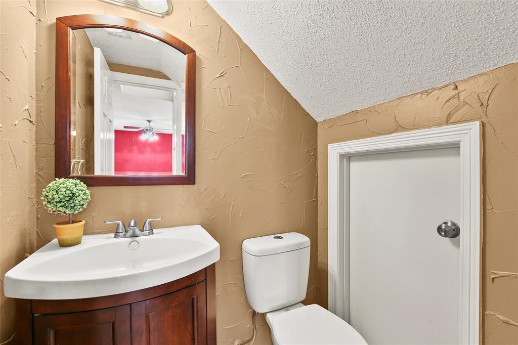 Dallas Real Estate | 7646 Chadwick  Court Dallas, TX 75248 9