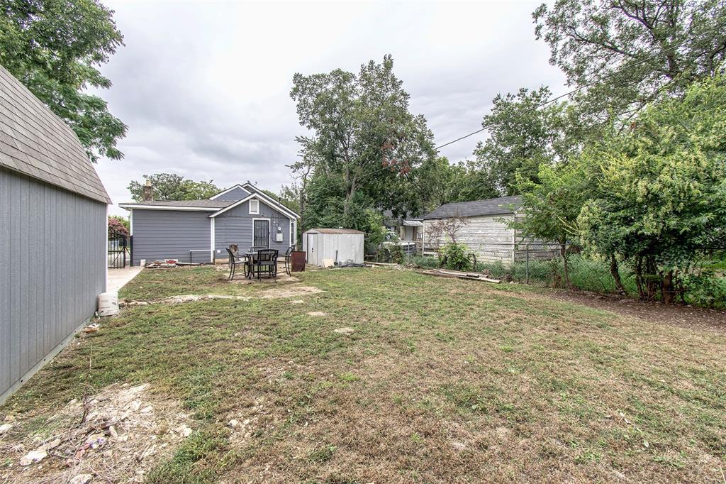 Active   919 Hartsdale  Drive Dallas, TX 75211 25