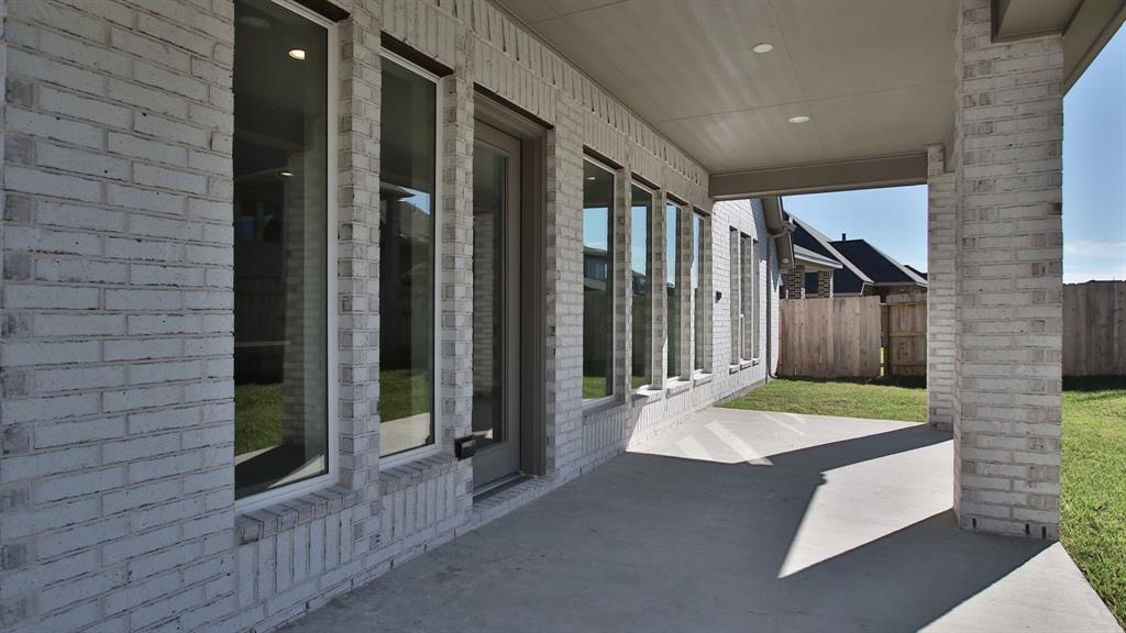 Active | 3210 Bellwick Chase  Lane Kingwood, TX 77365 5