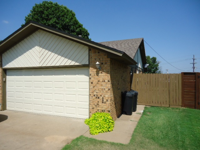 Sold Intraoffice W/MLS   2313 Glenmore Place Ponca City, OK 74601 3
