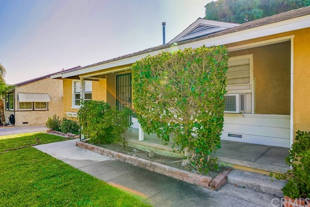 Active Under Contract   1046 Ford  Street Corona, CA 92879 4
