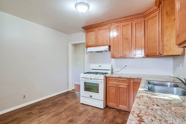 Active Under Contract   1046 Ford  Street Corona, CA 92879 15