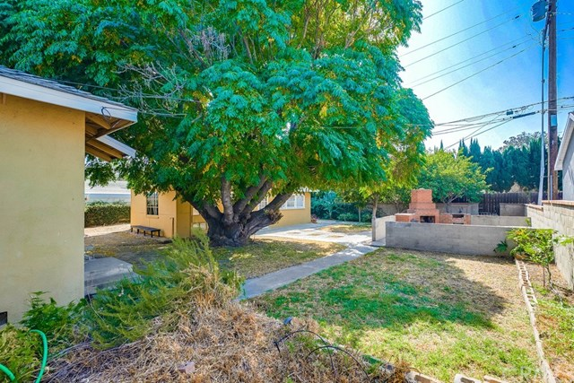 Active Under Contract   1046 Ford  Street Corona, CA 92879 22