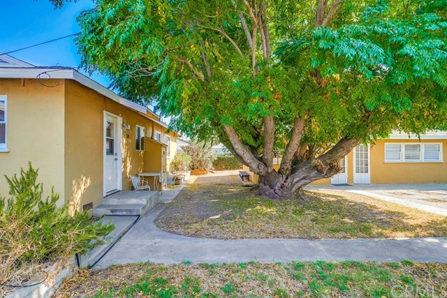 Active Under Contract   1046 Ford  Street Corona, CA 92879 23