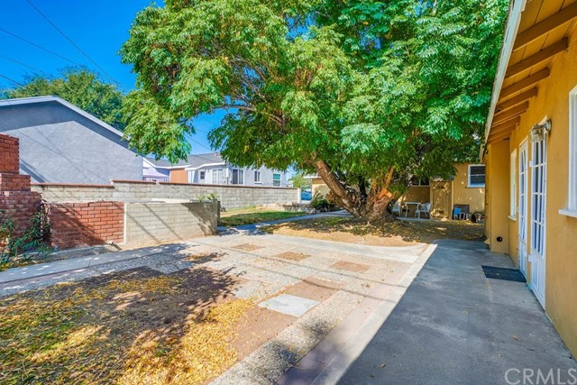 Active Under Contract   1046 Ford  Street Corona, CA 92879 25