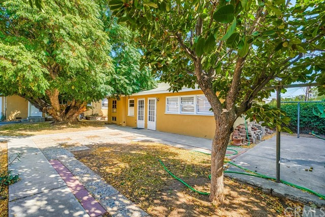 Active Under Contract   1046 Ford  Street Corona, CA 92879 26