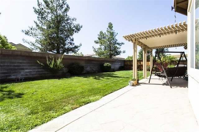 Closed | 1489 Freesia  Way Beaumont, CA 92223 34