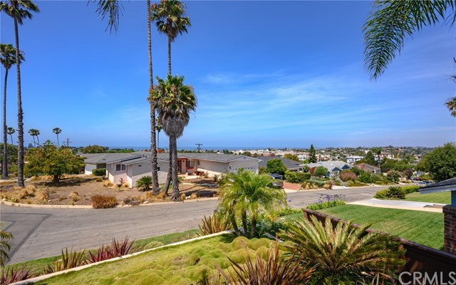 Closed | 169 Via Los Altos Redondo Beach, CA 90277 2