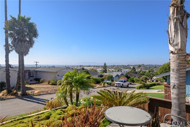 Closed | 169 Via Los Altos Redondo Beach, CA 90277 43