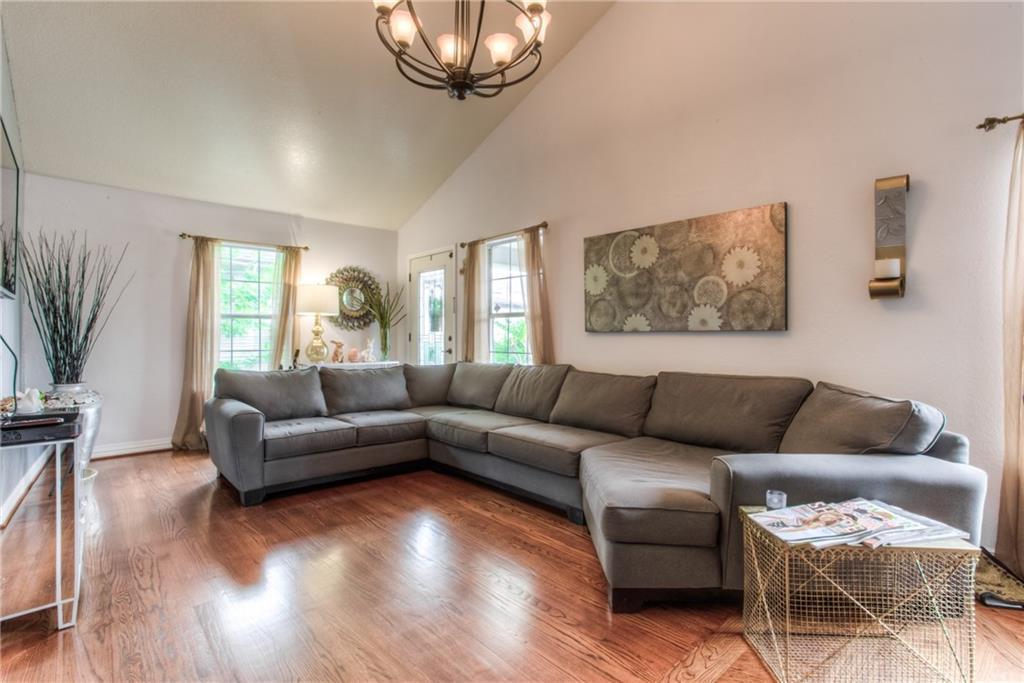 Sold Property | 1718 Ripley Street Dallas, Texas 75204 5