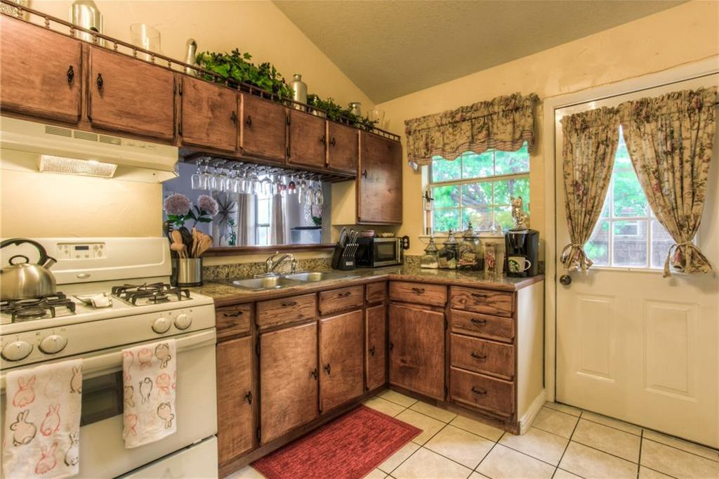 Sold Property | 1718 Ripley Street Dallas, Texas 75204 9