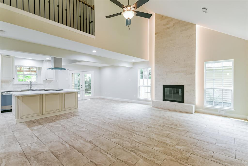 Active   34 S High Oaks  Circle The Woodlands, TX 77380 0