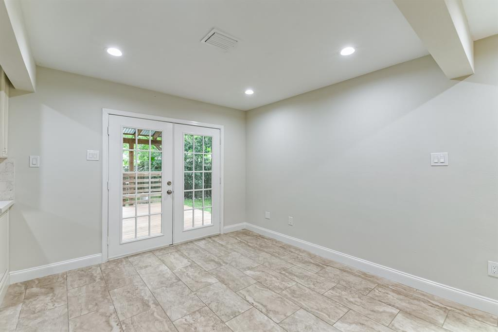 Active   34 S High Oaks  Circle The Woodlands, TX 77380 12