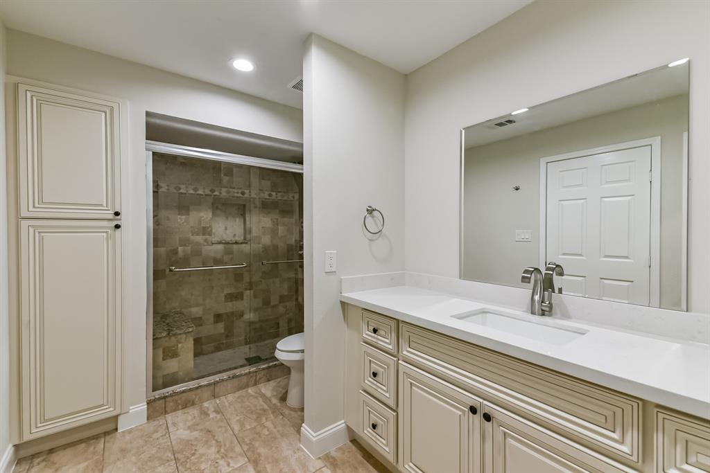 Active   34 S High Oaks  Circle The Woodlands, TX 77380 14
