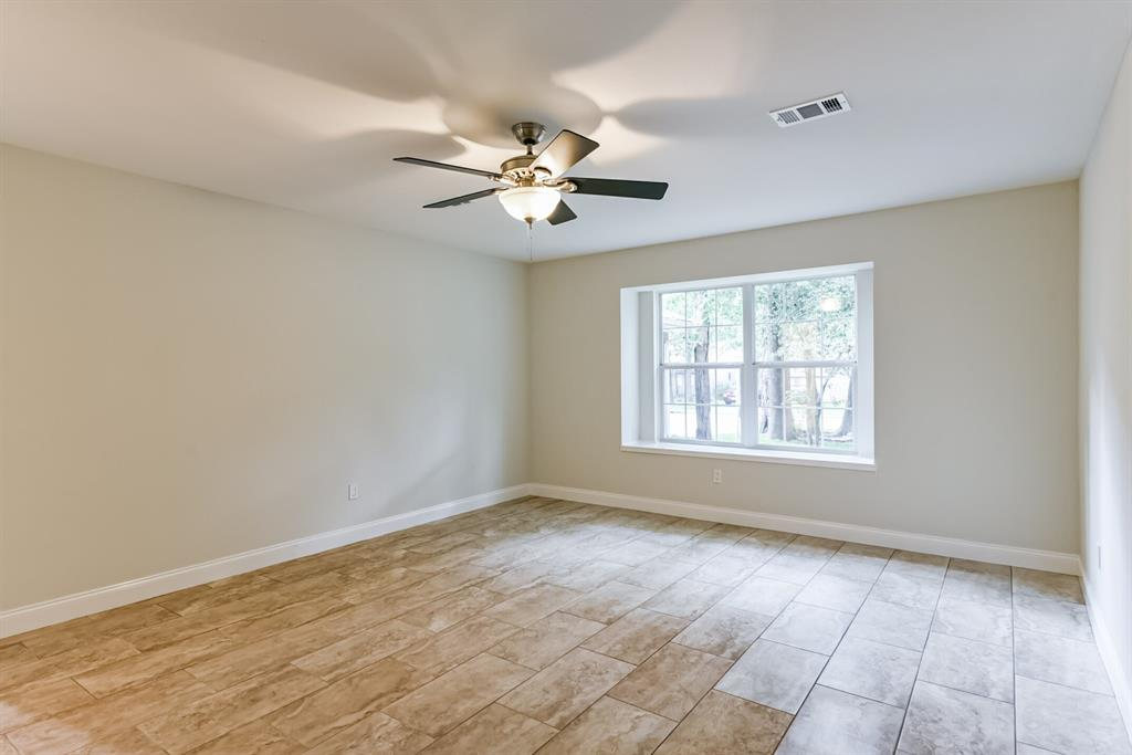 Active   34 S High Oaks  Circle The Woodlands, TX 77380 28
