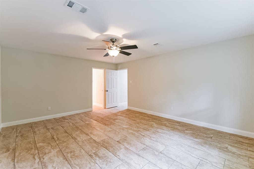 Active   34 S High Oaks  Circle The Woodlands, TX 77380 29