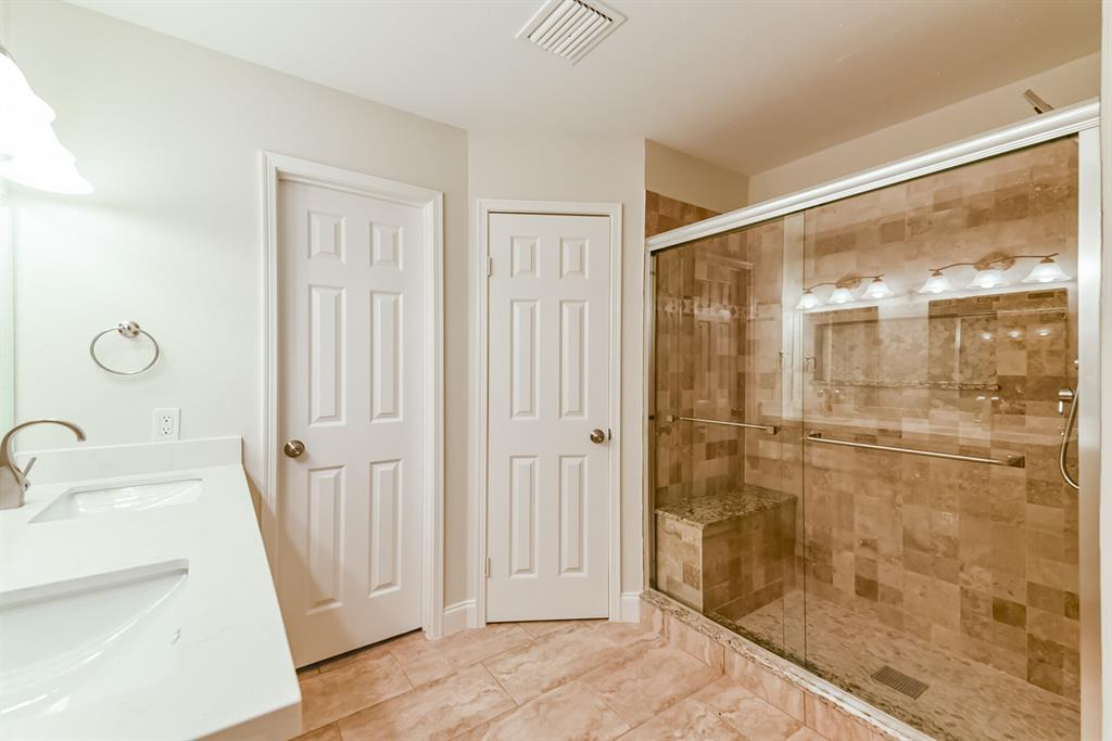 Active   34 S High Oaks  Circle The Woodlands, TX 77380 30