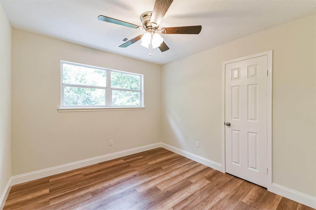 Active   34 S High Oaks  Circle The Woodlands, TX 77380 36