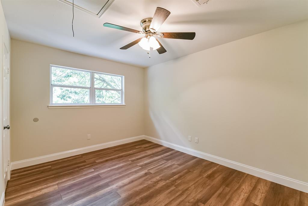 Active   34 S High Oaks  Circle The Woodlands, TX 77380 38