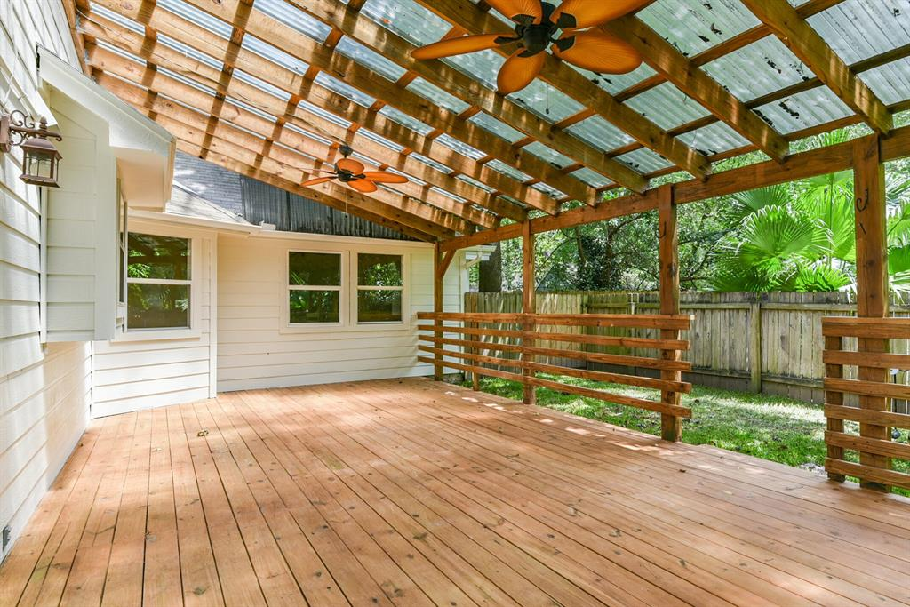 Active   34 S High Oaks  Circle The Woodlands, TX 77380 43
