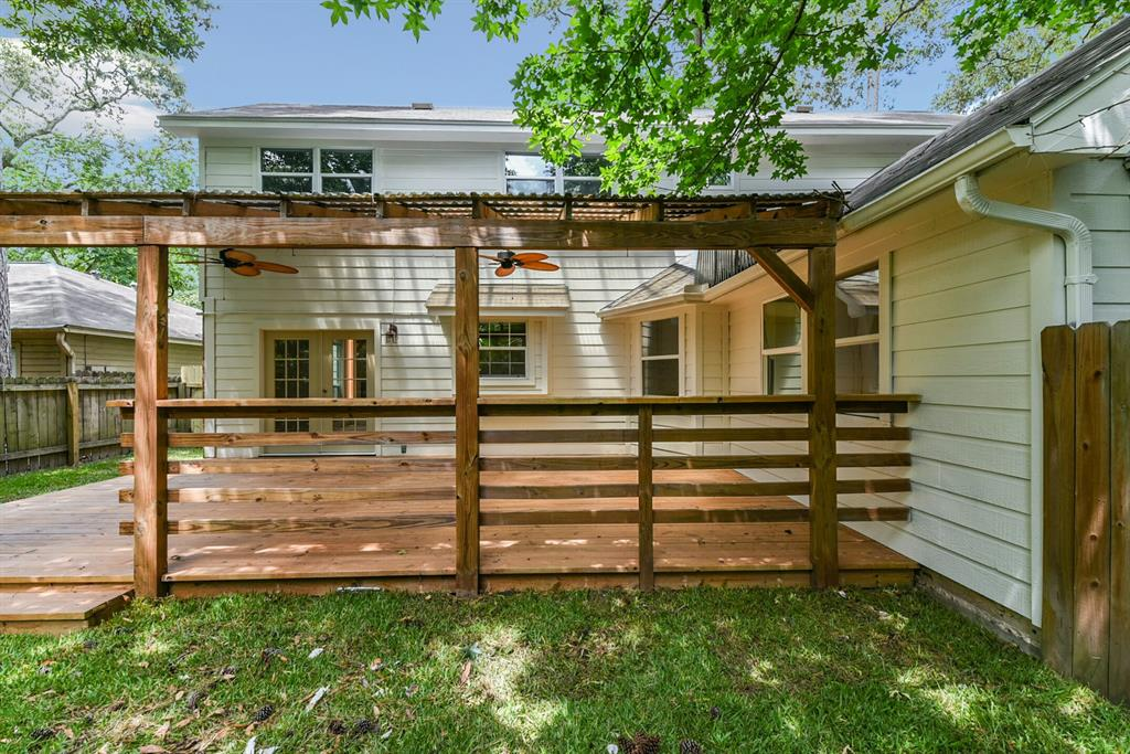 Active   34 S High Oaks  Circle The Woodlands, TX 77380 45