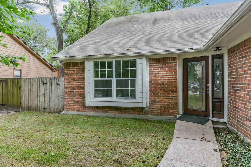 Active   34 S High Oaks  Circle The Woodlands, TX 77380 7