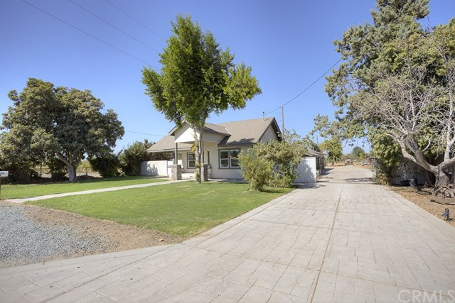 Pending   10480 Liberty  Avenue Livingston, CA 95334 2