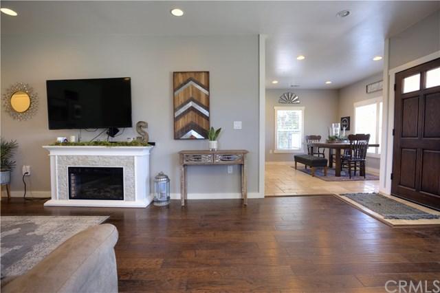 Pending   10480 Liberty  Avenue Livingston, CA 95334 6