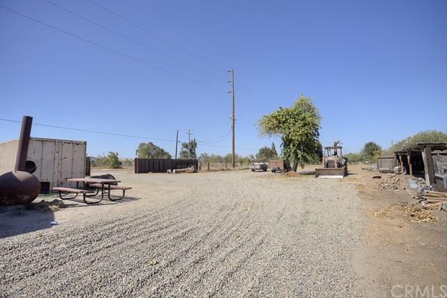 Pending   10480 Liberty  Avenue Livingston, CA 95334 23