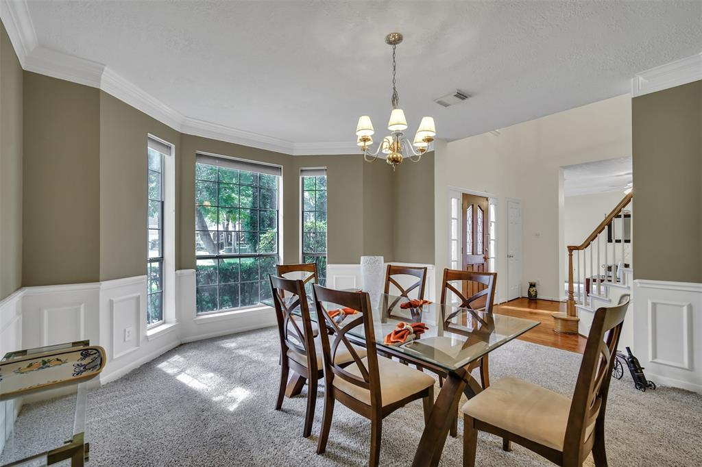 Active | 155 W Sterling Pond Circle The Woodlands, TX 77382 10