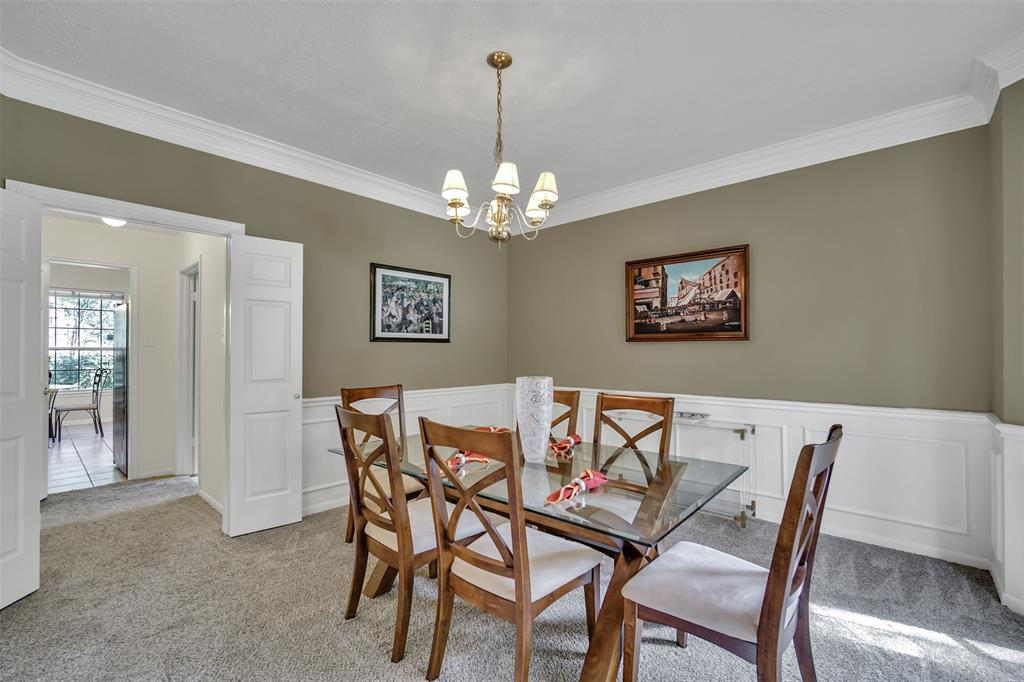 Active | 155 W Sterling Pond Circle The Woodlands, TX 77382 11