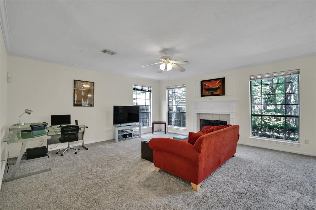 Active | 155 W Sterling Pond Circle The Woodlands, TX 77382 24