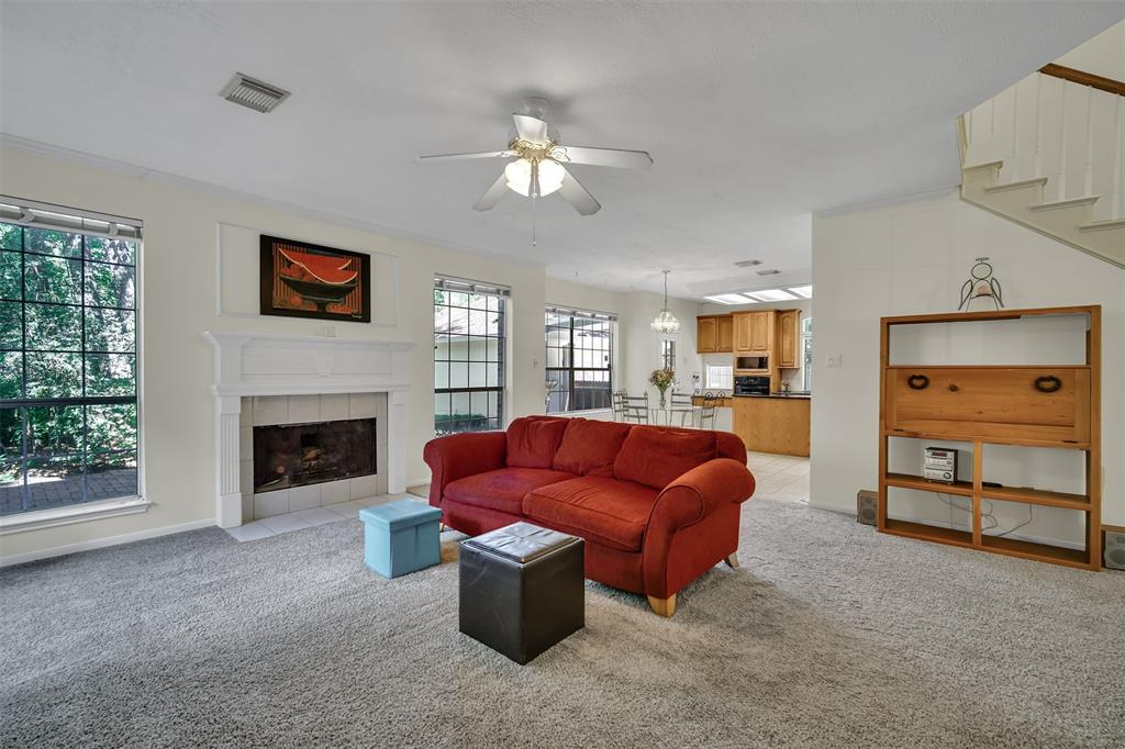 Active | 155 W Sterling Pond Circle The Woodlands, TX 77382 25