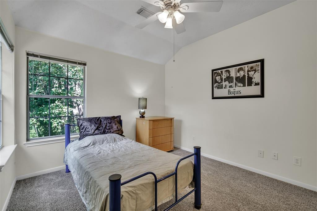 Active | 155 W Sterling Pond Circle The Woodlands, TX 77382 42