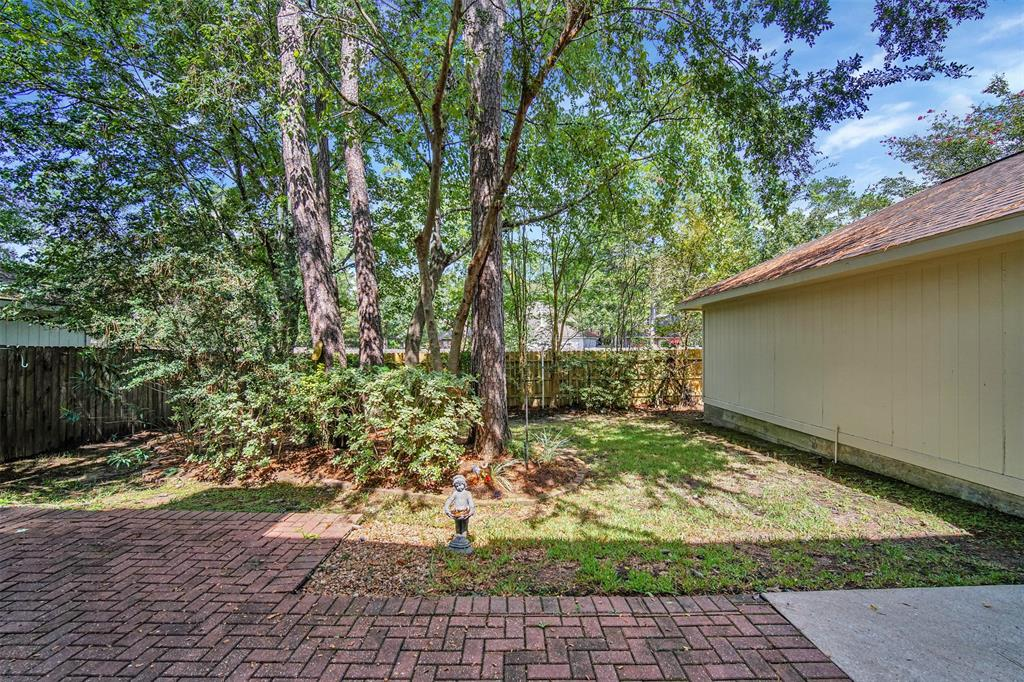Active | 155 W Sterling Pond Circle The Woodlands, TX 77382 49