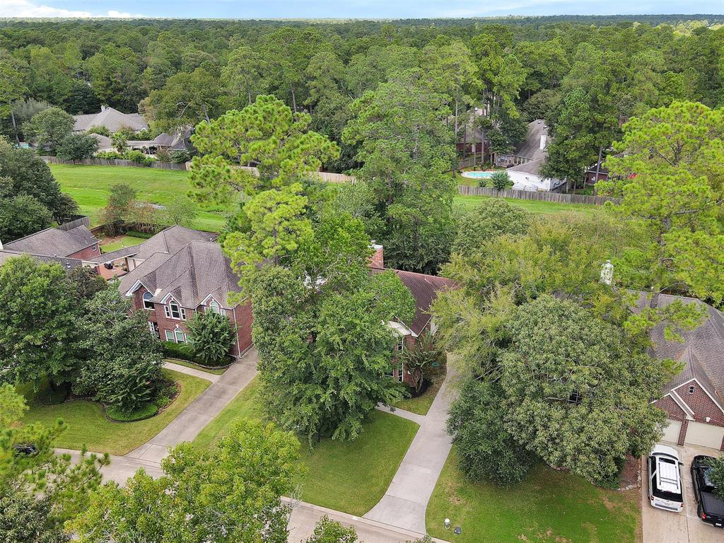 Active | 155 W Sterling Pond Circle The Woodlands, TX 77382 53