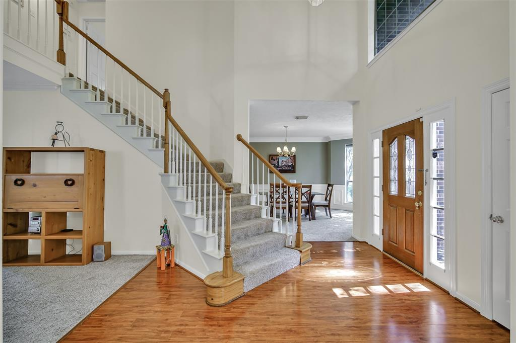Active | 155 W Sterling Pond Circle The Woodlands, TX 77382 5