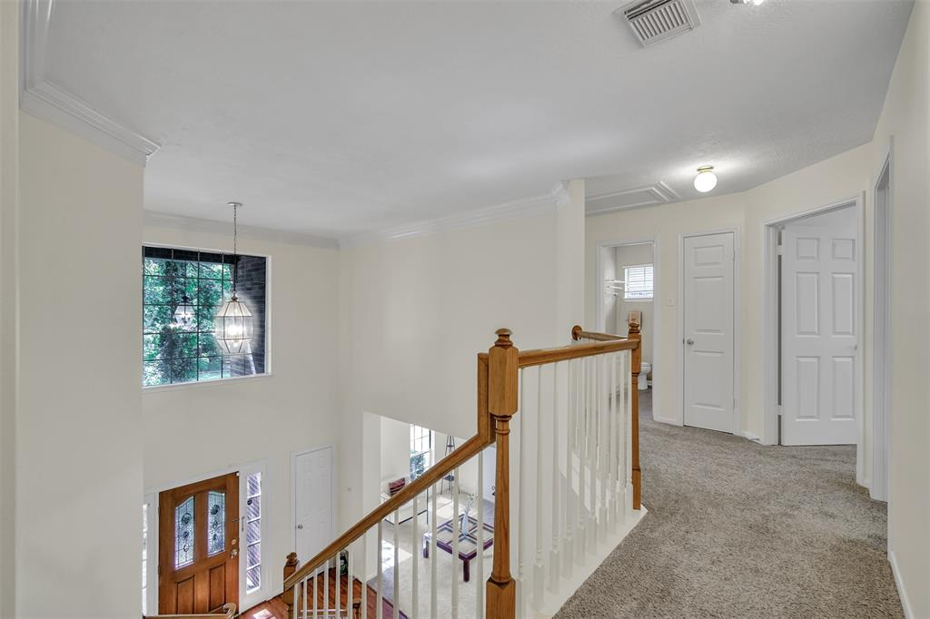 Active | 155 W Sterling Pond Circle The Woodlands, TX 77382 28