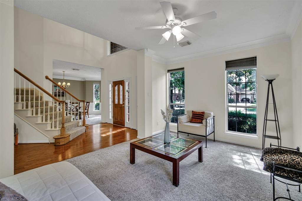 Active | 155 W Sterling Pond Circle The Woodlands, TX 77382 6