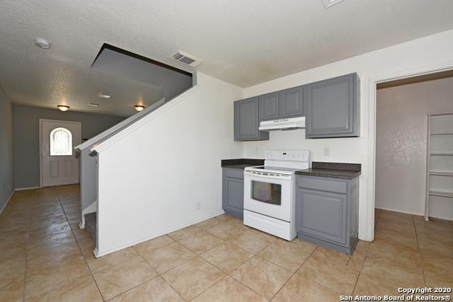 Active Option | 15 Stager Hills San Antonio, TX 78238 16