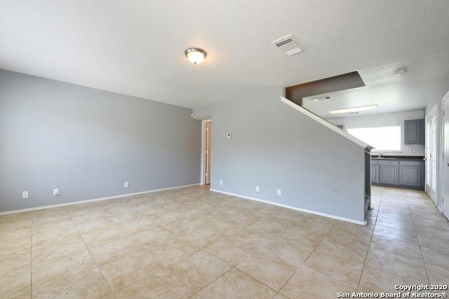 Active Option | 15 Stager Hills San Antonio, TX 78238 2