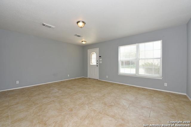 Active Option | 15 Stager Hills San Antonio, TX 78238 4