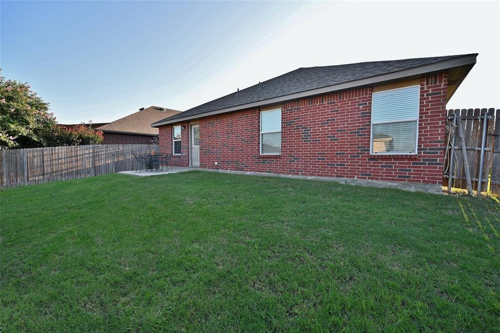 Pending | 9228 Los Cabos  Trail Fort Worth, TX 76177 35