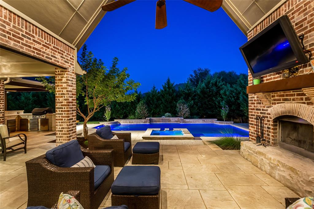 Active Contingent   2605 Wind Chime  Trail McKinney, TX 75069 2