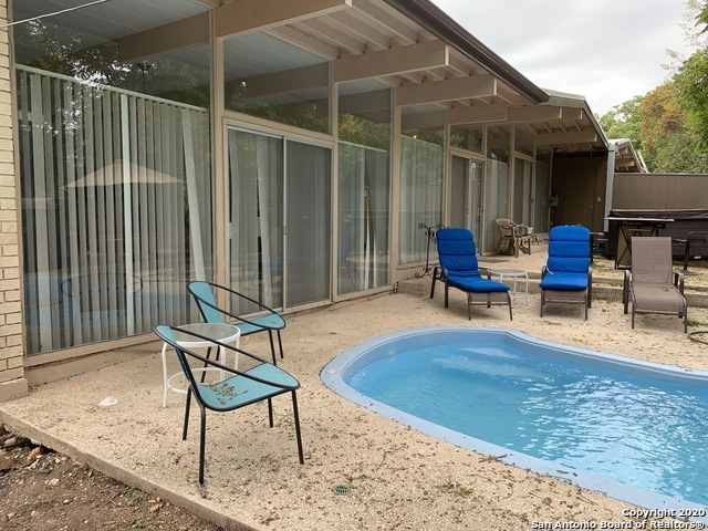 Fully Furnished home w/ pool & hot tub for rent in SA, TX 78216 | 615 Oblate Dr San Antonio, TX 78216 20