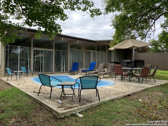 Fully Furnished home w/ pool & hot tub for rent in SA, TX 78216 | 615 Oblate Dr San Antonio, TX 78216 21