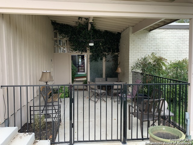 Fully Furnished home w/ pool & hot tub for rent in SA, TX 78216 | 615 Oblate Dr San Antonio, TX 78216 4