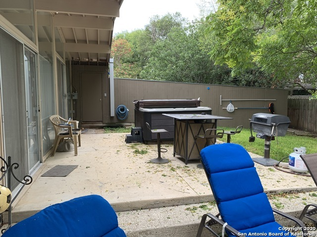 Fully Furnished home w/ pool & hot tub for rent in SA, TX 78216 | 615 Oblate Dr San Antonio, TX 78216 24
