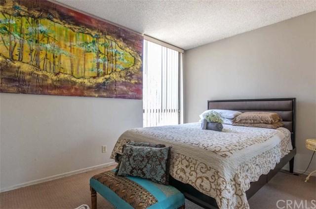 Active Under Contract   4209 Via Arbolada #132 Los Angeles, CA 90042 13