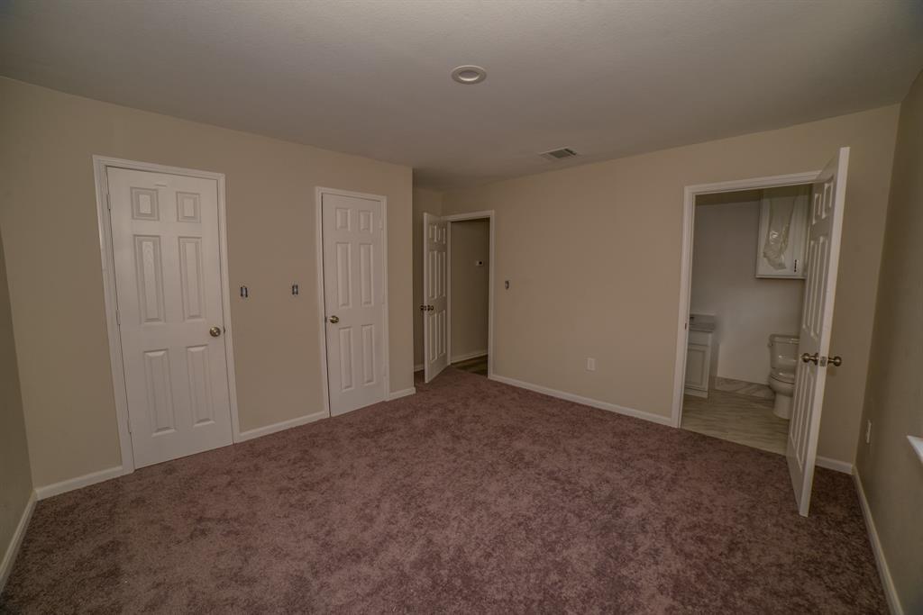 Pending | 706 Sherwood  Drive Pasadena, TX 77502 18
